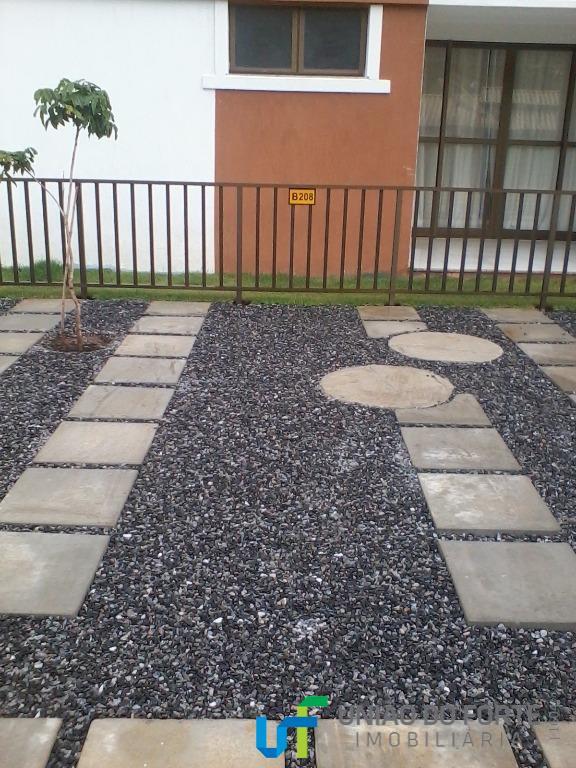 residencial paraíso das águas em guarajuba, composto de: duas suítes, nascente total (voltado para os quadrantes...