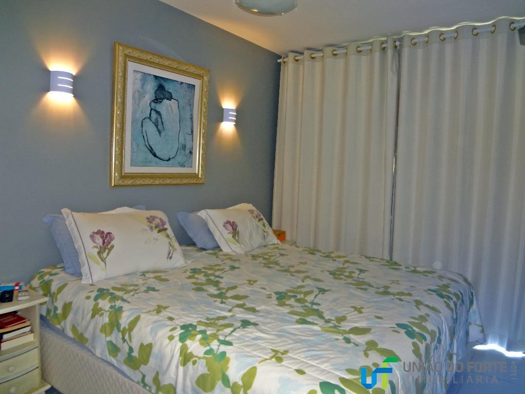 Apartamento residencial à venda, Setor Industrial Urbano, Camaçari.