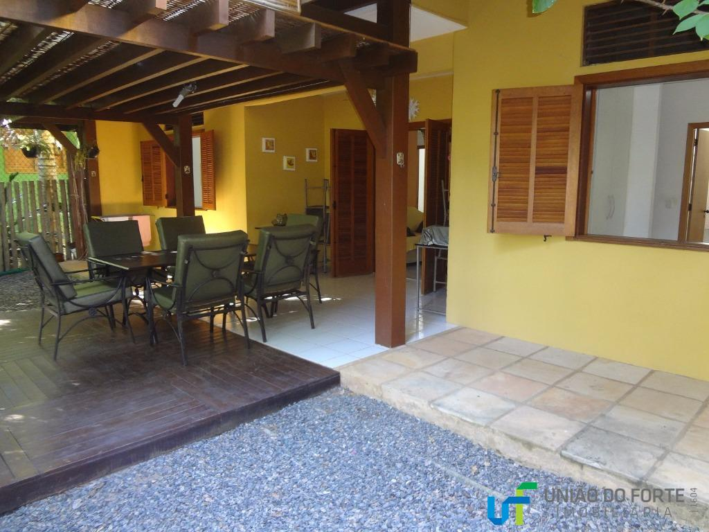 Apartamento residencial à venda, Praia do Forte, Mata de São João.