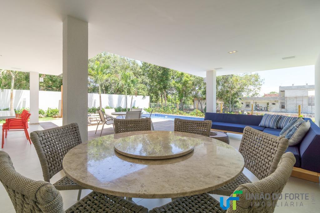 casa finamente decorada com som ambiente em todos os cômodos, wi-fi, tv a cabo com canais...