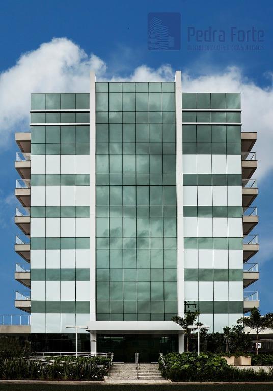 Conjunto comercial para locação na Vila Madalena em prédio novo