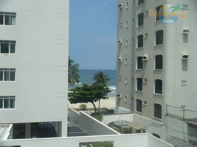 Praia de Astúrias, 30 m do Mar, Reformado, 2 garagens, 140 m² de área útil, 100 m da Praia de Pitangueiras, Linda Vista ao Mar.