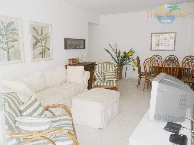 Praia de Pitangueira - 1 Quadra da Praia - Local nobre - Garagem - Apartamento aconchegante