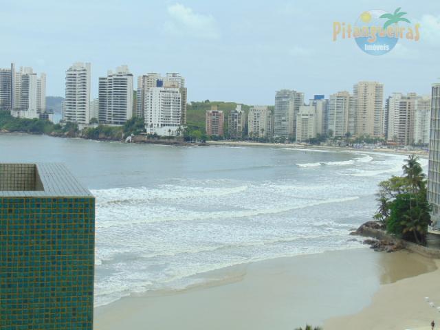 Praia de Pitangueiras 40 m da Praia, Vista Maravilhosa ao Mar, Local Nobre.