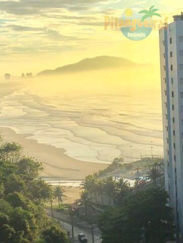 Praia de Pitangueiras, Local Nobre, Garagem no Prédio, Maravilhoso Lazer, Locação Anual e Temporada.