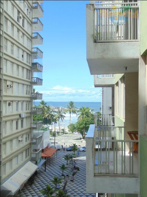 Praia de Pitangueiras - Calçadão - Excelente apartamento - Garagem no Prédio - Local nobre.