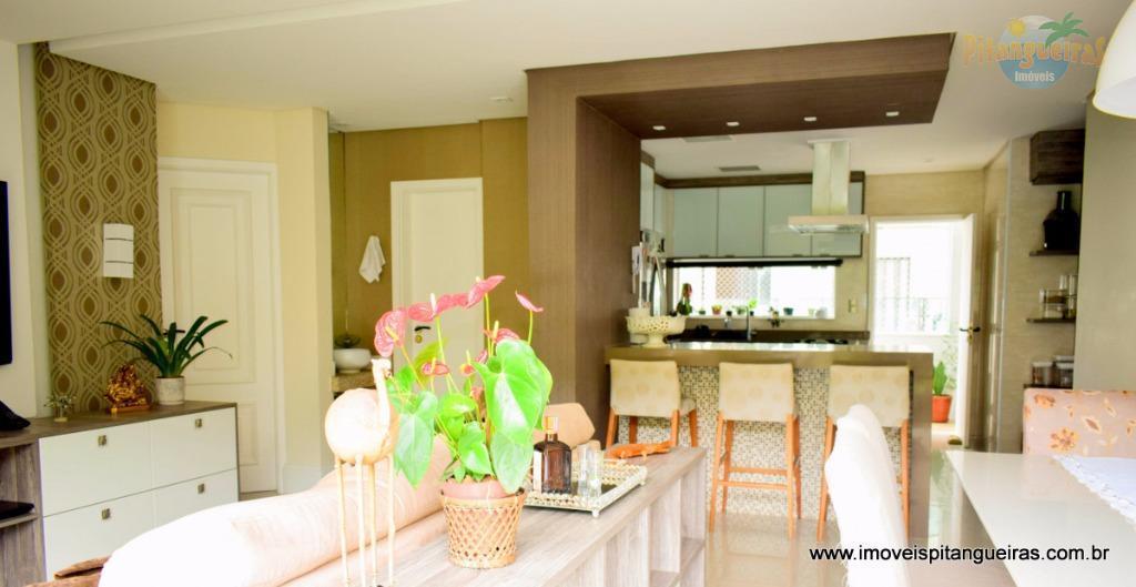 Pitangueiras - Local nobre - Finamente decorado - 140 m² úteis - 2 vagas - Lazer total.