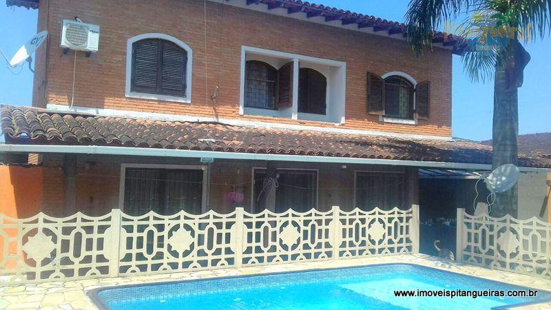 Enseada - Ótima casa com piscina, churrasqueira, 04 dormitórios e 04 vagas.