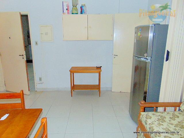 Kitnet residencial à venda, Pitangueiras, Guarujá - KN0068.