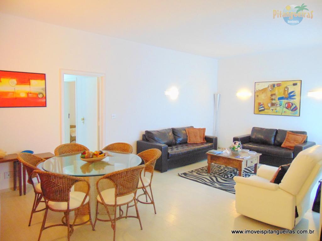 Pitangueiras - Frente para o mar - Lindo - Reformado e decorado - Garagem - Amplo apartamento.