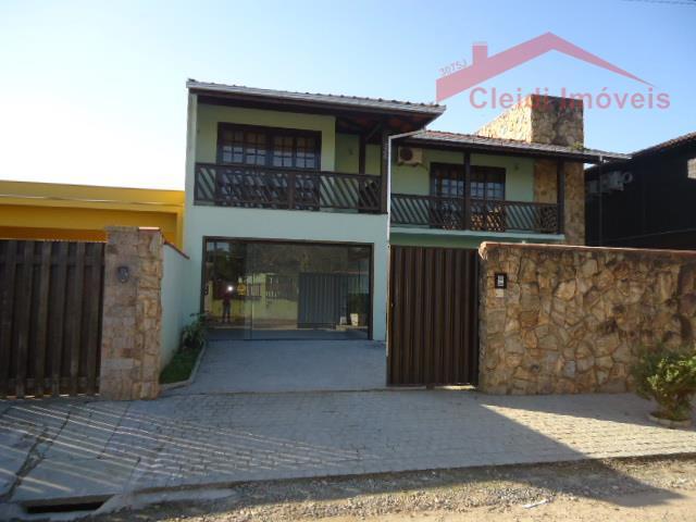 OPORTUNIDADE - Casa  residencial, Nova Brasília, Joinville.