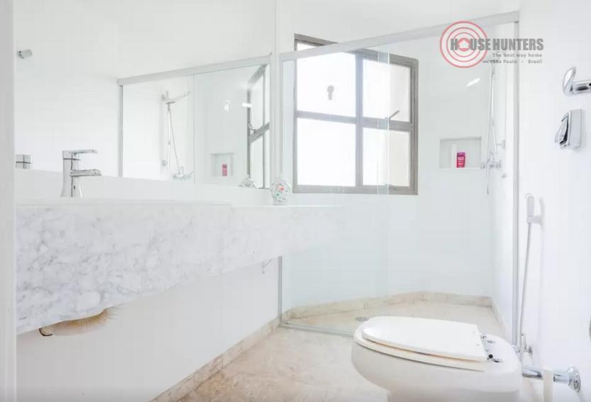 ***1 apartamento por andar, reformado por arquiteto renomado com acabamento de altíssimo padrão***negocia mobília