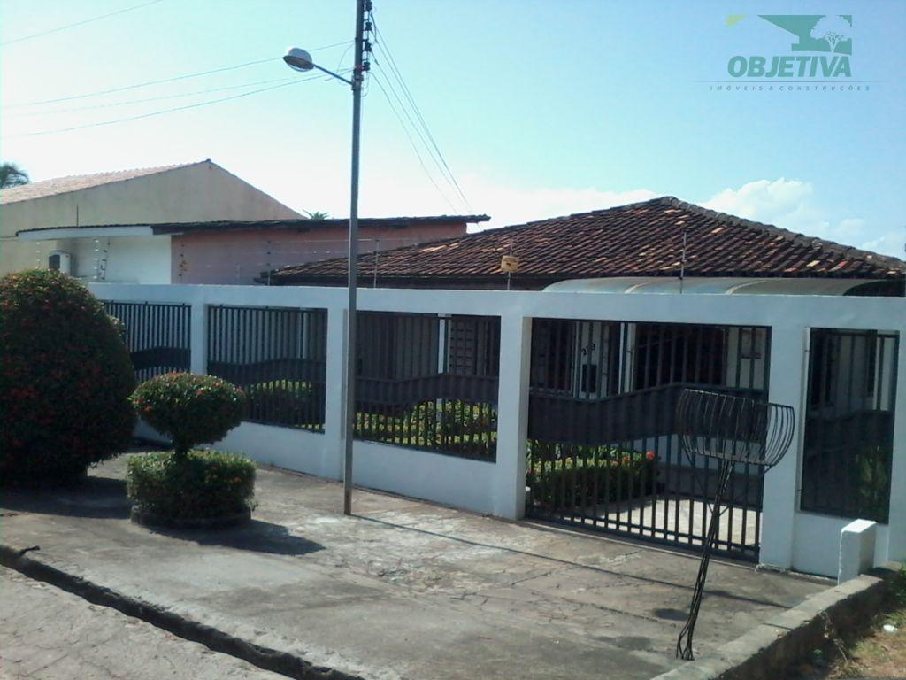 imóvel residencial localizado na av. duque de caxias, nº 299, bairro centro, contendo as seguintes dependências:...