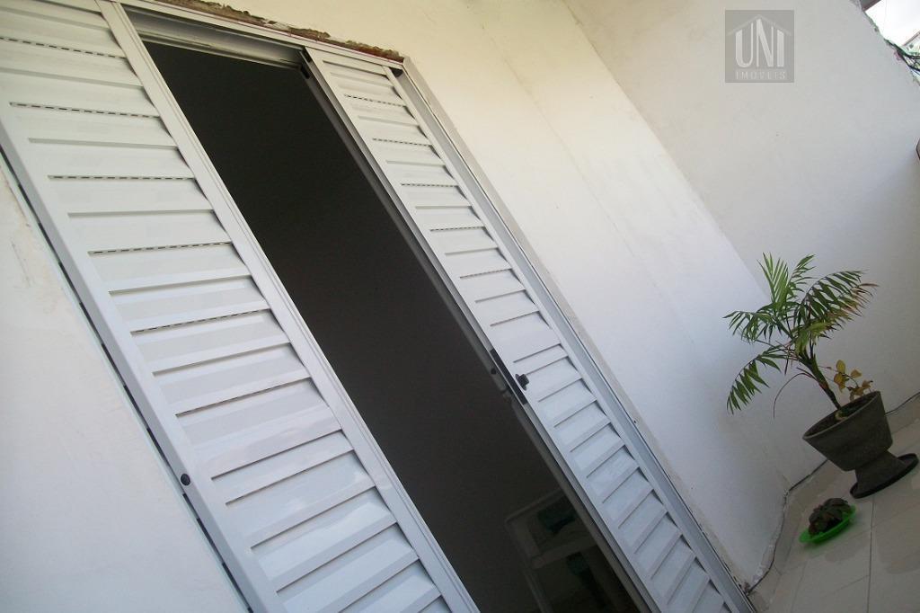 Sobrado residencial à venda, Chácara Dona Escolástica, Itaquaquecetuba.