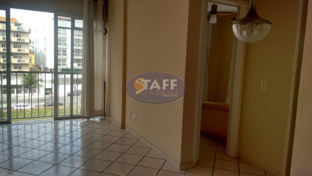 apartamento próximo a praia do forte, com 02 quartos, varanda, 01 banheiro social, sala ampla, cozinha,...