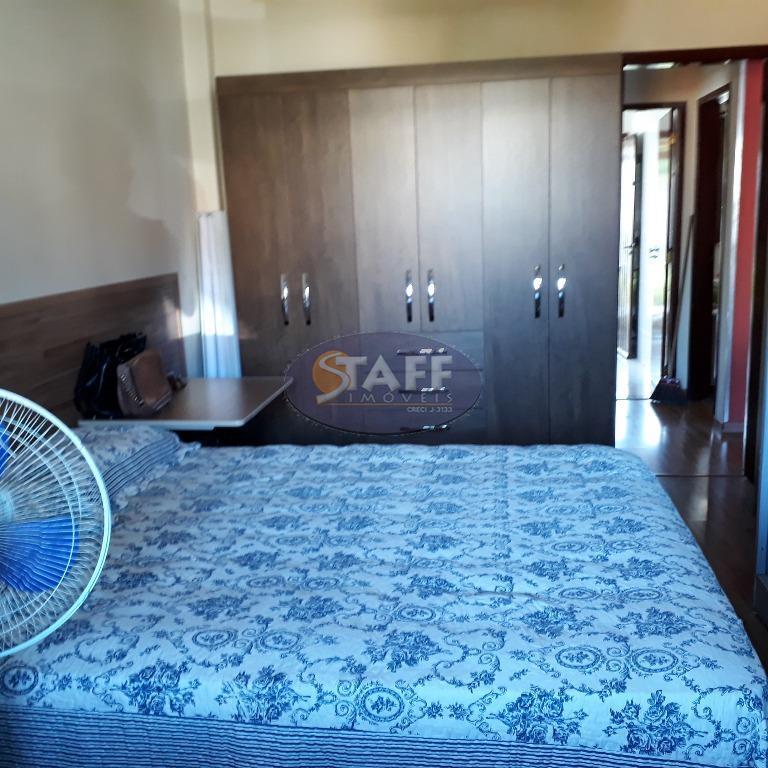 excelente casa com dois quartos ,sendo um suite, dois banheiros , cozinha ,área de serviços, varandas...