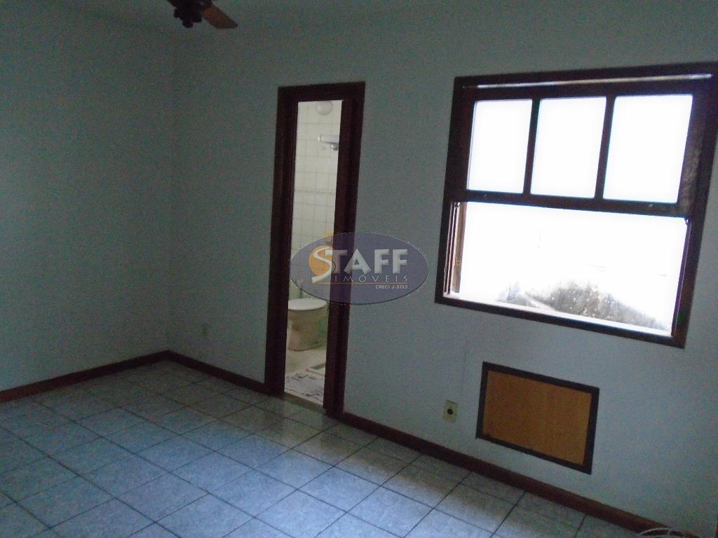 venda e locação fixa; ótima casa duplex em condomínio; 1º piso: salas de estar e jantar;...