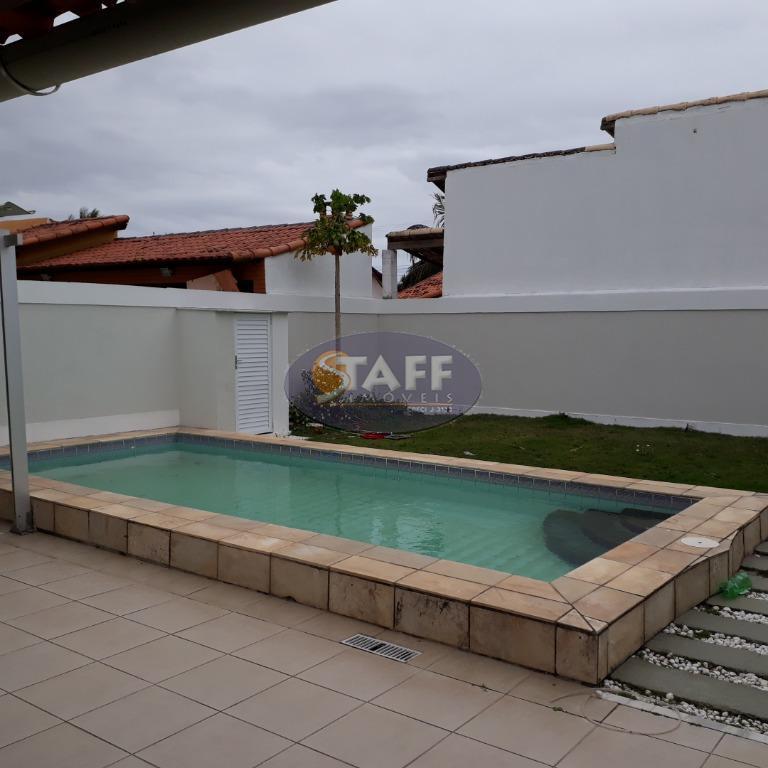 linda em ótima rua, com dois quartos, sendo um suite com armário embutido, sala dois ambiente,...