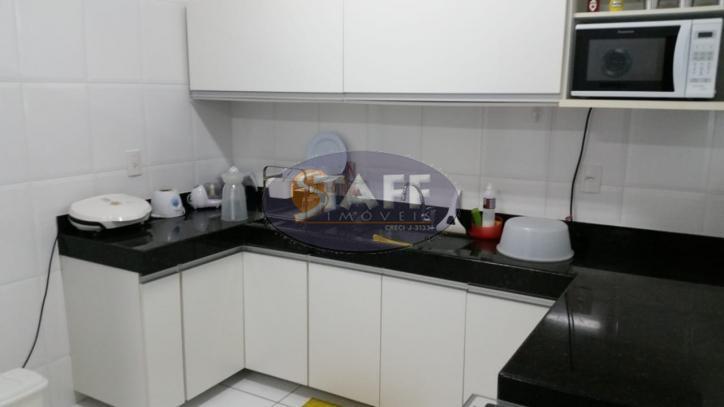 excelente apartamento de 03 quartos sendo 02 suítes, todo avarandado, sala em dois ambientes, ampla cozinha...