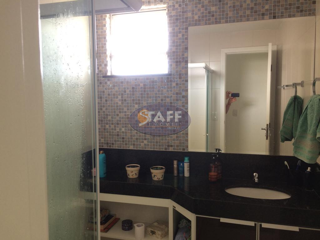 excelente cobertura duplex em localização privilegiada, composta de sala, suíte, dois quartos, banheiro social, cozinha, área...