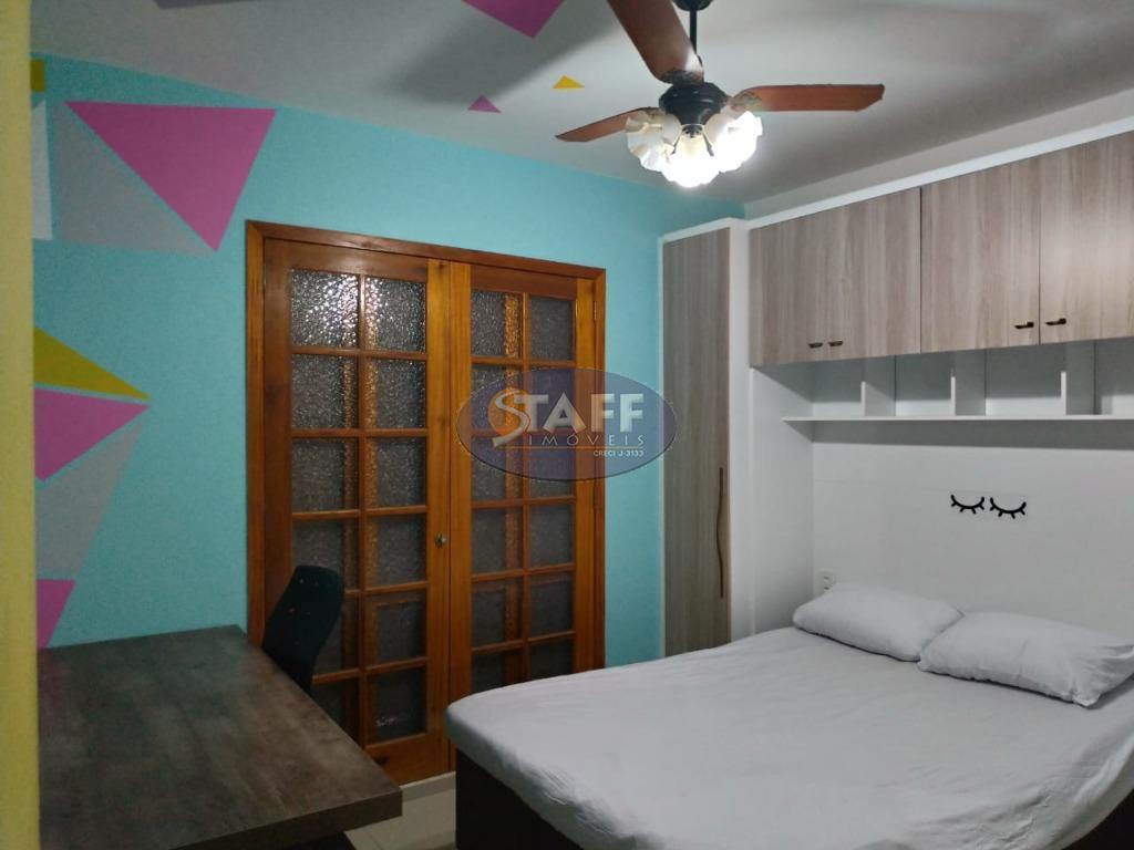 estrutura principal 2 suítes 1 quarto 4 salas 1 bar com lavabo 1 banheiro social cozinha...