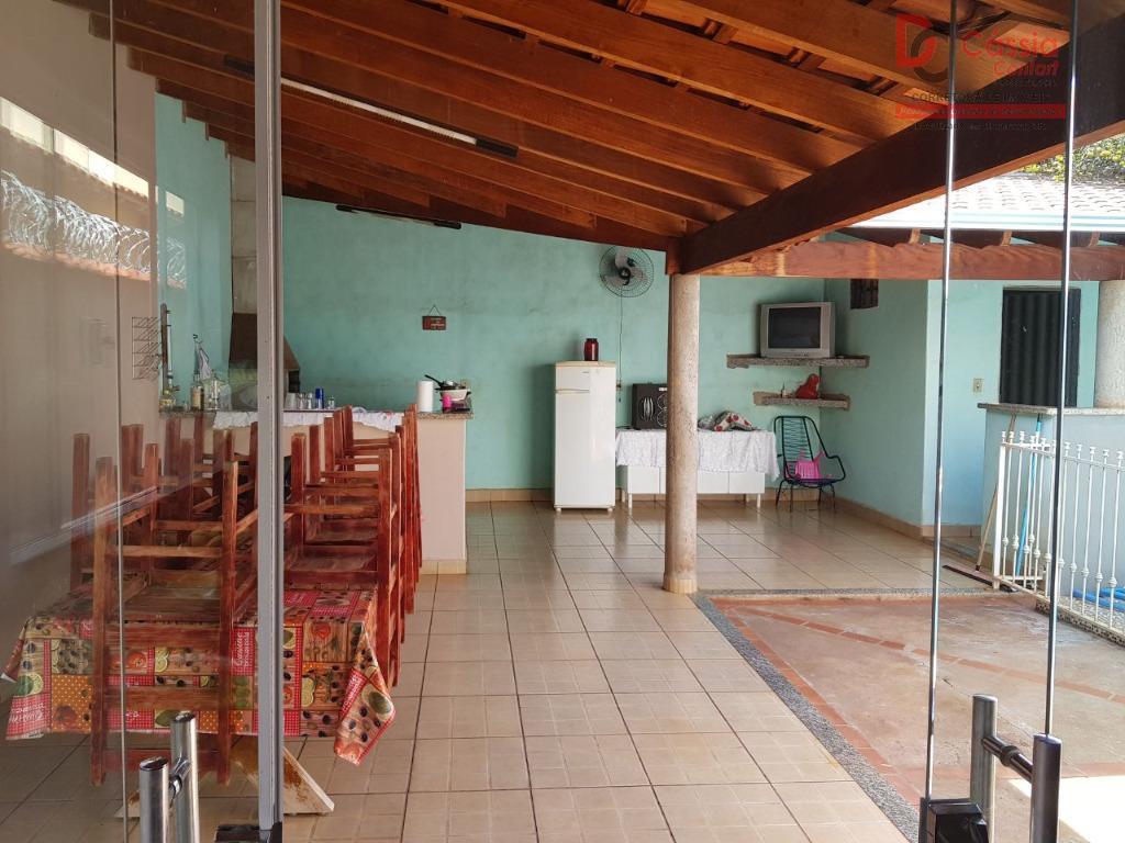 Casa residencial para venda e locação, Jardim Santa Cecília, Ituverava.