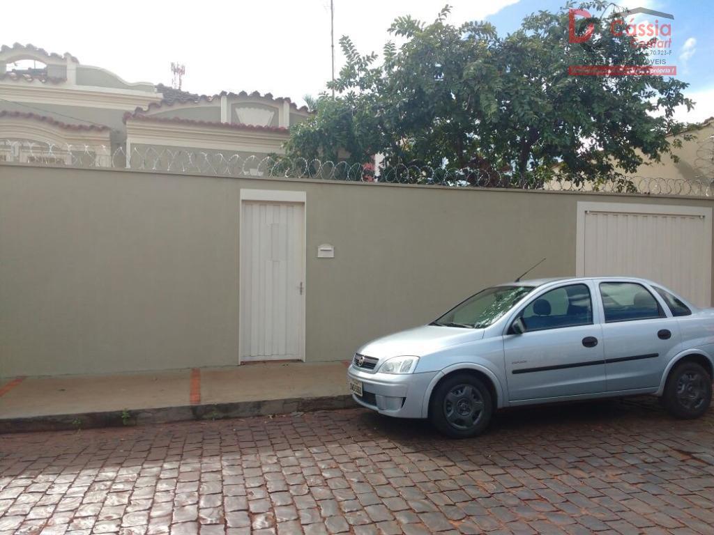 Casa residencial para locação, Centro, Ituverava.