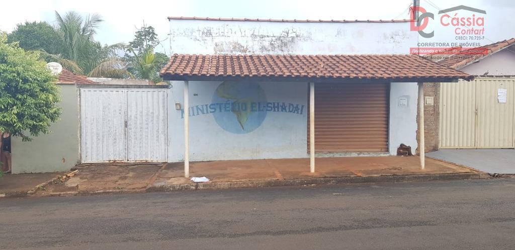 Casa com 3 dormitórios para alugar por R$ 700/mês - Jardim Guanabara - Ituverava/SP