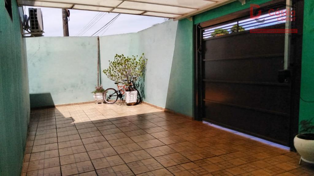 Casa à venda no Centro, por R$ 270.000 - Centro - Ituverava/SP