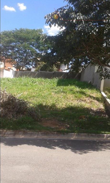 Terreno residencial à venda, condomínio Jardim Florido, Vinhedo.