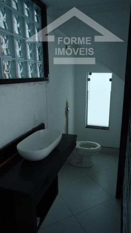sobrado todo reformado com 2 suites, lavabo, sacada, churrasqueira, acabamento de primeira