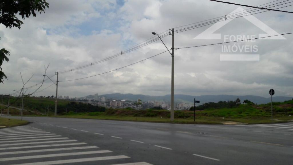 ótimo terreno, condomínio fechado, parte alta do condomínio, de esquina, linda vista. localizado na rua luiz...