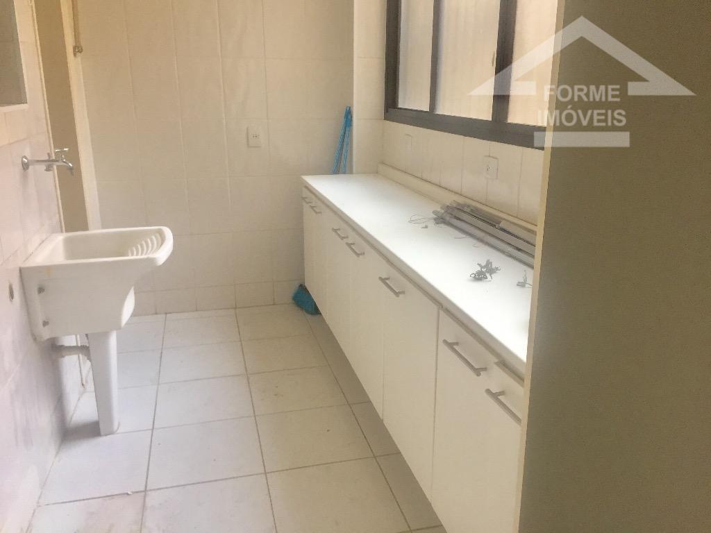 otimo apartamento no centro de jundiai, com 4 dormitorios (armarios planejados em 3), 1 suite com...