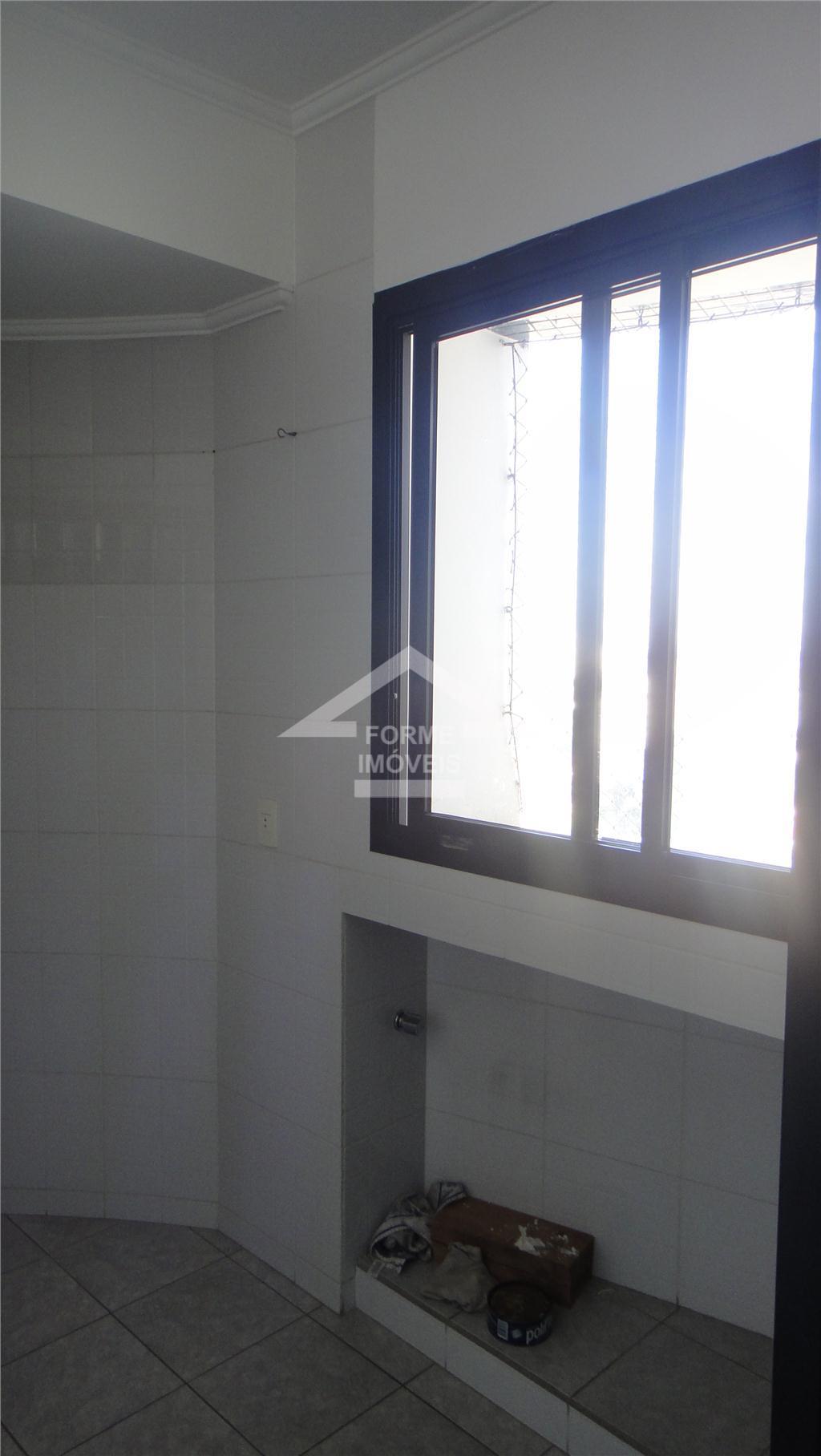 apartamento com 3 dorms, sendo 1 suíte, sala 2 ambientes com sacada. cozinha, lavanderia, wc de...