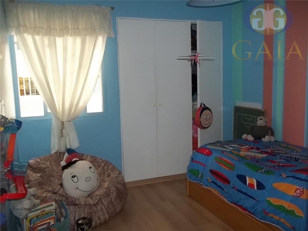 apartamento reformado e semi mobiliado ! living para 2 ambientes com sacada, 3 dormitórios sendo 1...