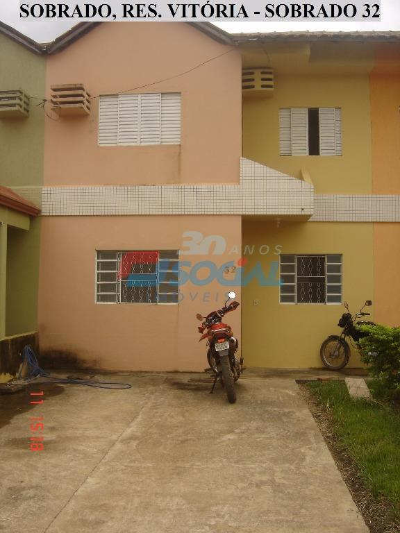Sobrado  residencial para locação, Rua Jatuarana, n.º 940 - Cond. Jardim Vitória - Casa 32 - Bairro Lagoa.