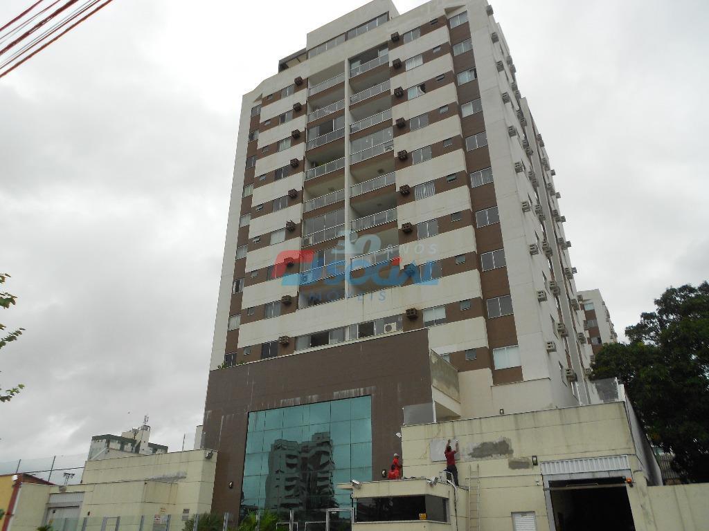 Apartamento residencial à venda, Olaria, Porto Velho.
