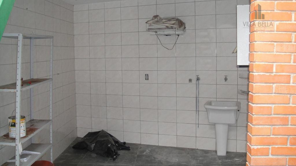 térrea em localização privilegiada do bairro campestre em santo andré.2 dormitórios, wc social, living para 2...