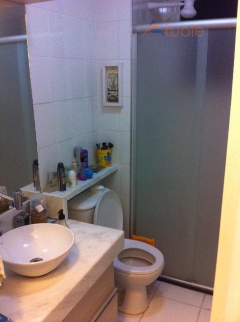 Apartamento de 2 dormitórios em Vila Omar, Americana - SP