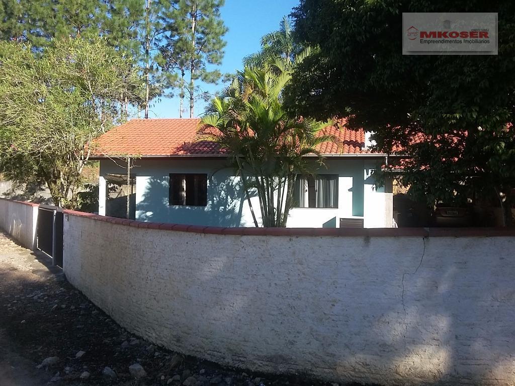linda chácara, localizada no bairro testo salto, terreno com 834,81m2, a 1.500 metros da rodovia, possui...