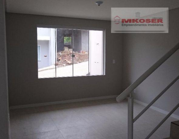 excelente sobrado no bairro itoupavazinha , com 111,63 m² de área construída. contendo 03 dormitórios, sendo...