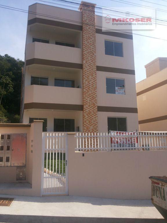 Apartamento residencial à venda, Itoupavazinha, Blumenau - AP0051.