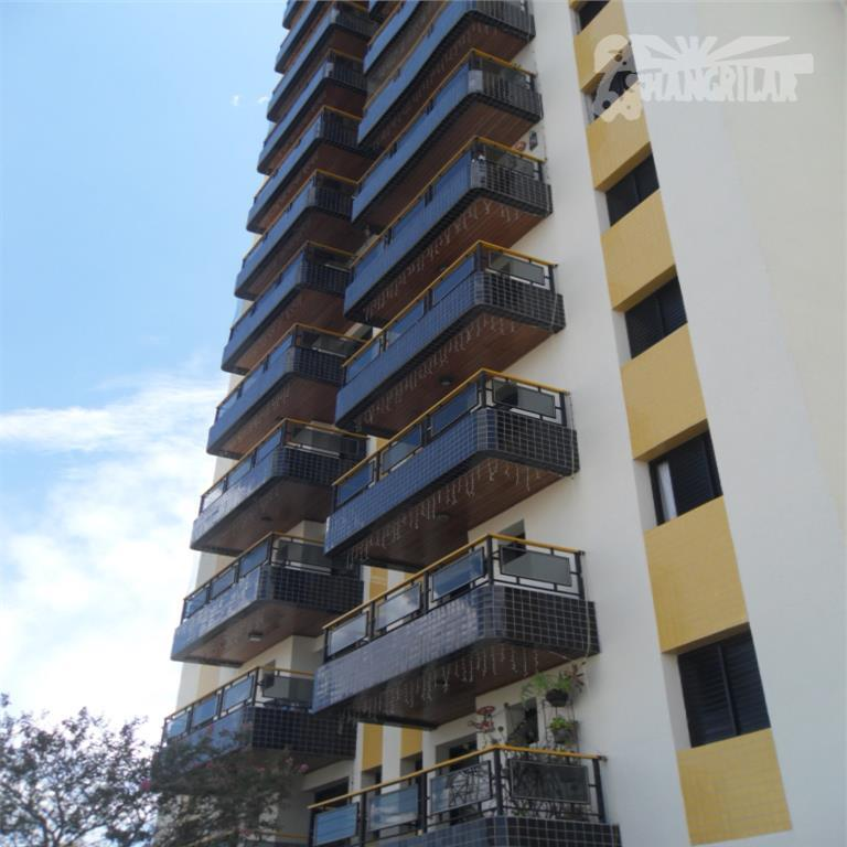 apartamento (frente) semi-mobiliado, ótima localização, próximo ao supermercado dia da avenida cursino/bairro saúde-sp. condomínio c/2 torres...