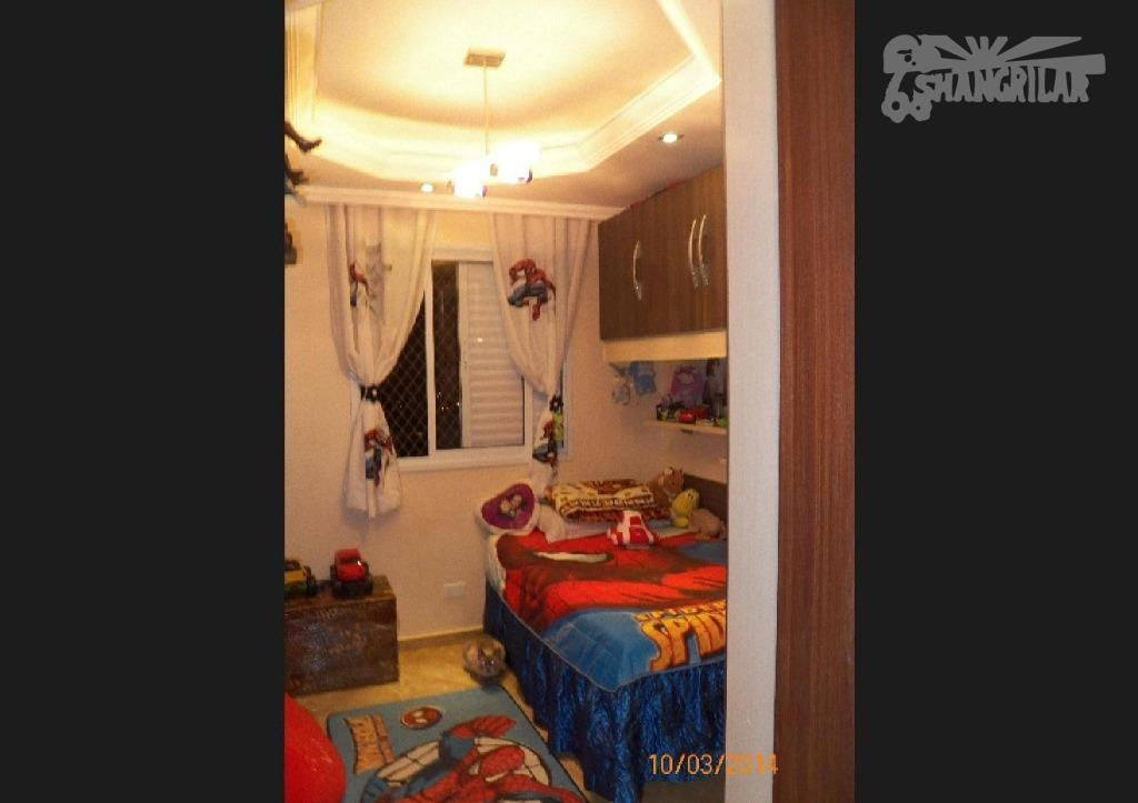 apartamento com 02 dormitórios, sala, cozinha, banheiro, lavanderia, e uma vaga de garagem coberta, com móveis...