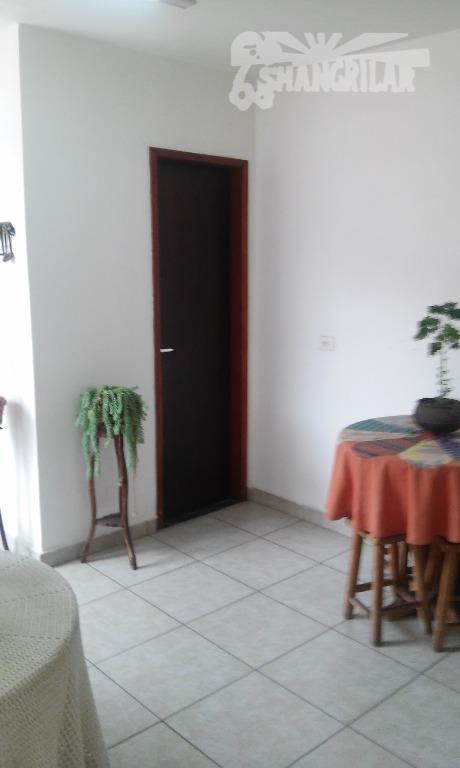 casa com 3 dormitórios, 1 suíte com closet, sala e copa super espaçosas, 2 banheiros, churrasqueira...
