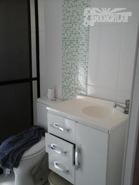 sobrado com 3 dormitórios suites, sala, cozinha, área de serviço, 2 vagas de garagem, escritório, terreno...