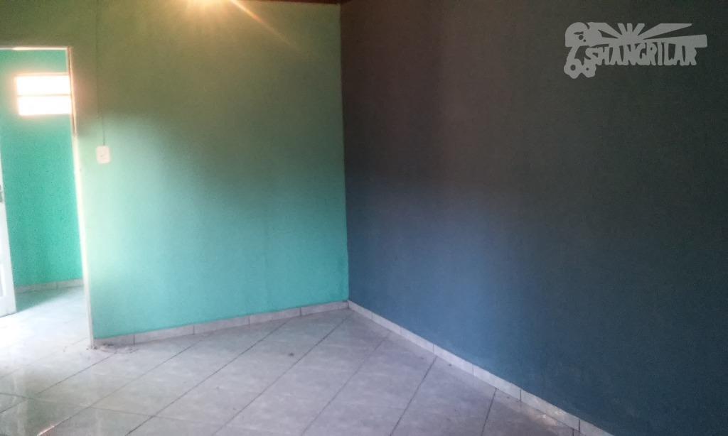 casa térrea edicula 1 dormitório , 1 cozinha, 1 banheiro, área de serviço, 1 garagem, casa...