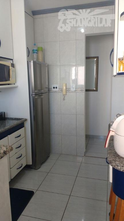 Excelente Apartamento de 2 Dormitórios com sacada - Praia Grande, Caiçara.