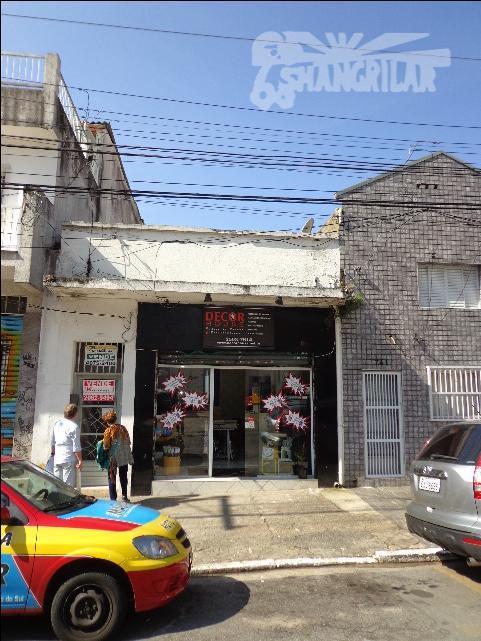 casa c/salão comercial, área do terreno (declive) 134,87 m², ac/122,68 m², c/ótima localização, rua silva bueno/ipiranga/sp....
