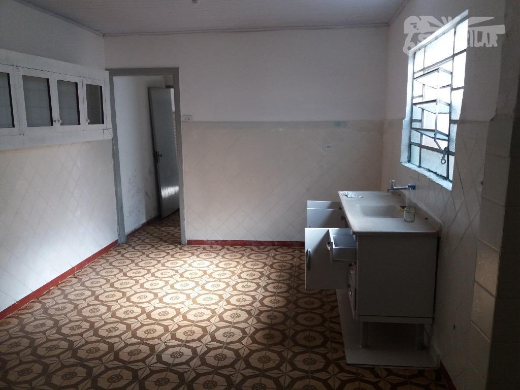 casa necessitando de reforma, ótima localização, vila vera/saúde-sp. área do terreno (aclive) 135,00 m², área construída...